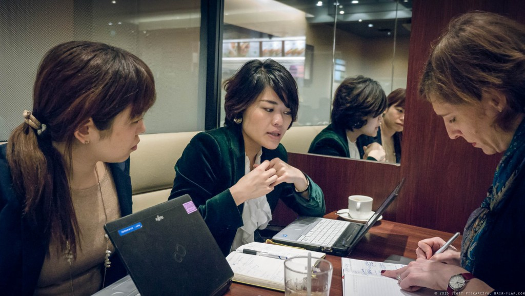 Maki, Nao and Mary strategizing at Dotour before their meetings that day.